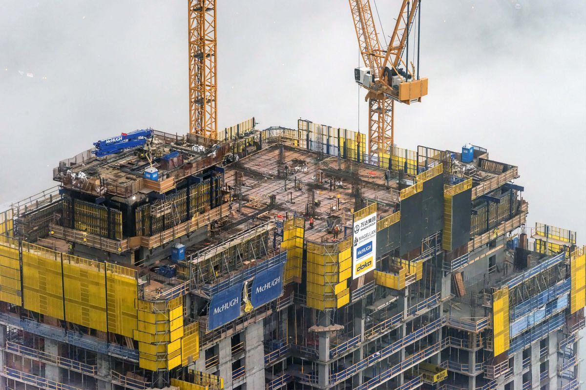 Vista Tower Construction Hits Halfway Milestone Curbed