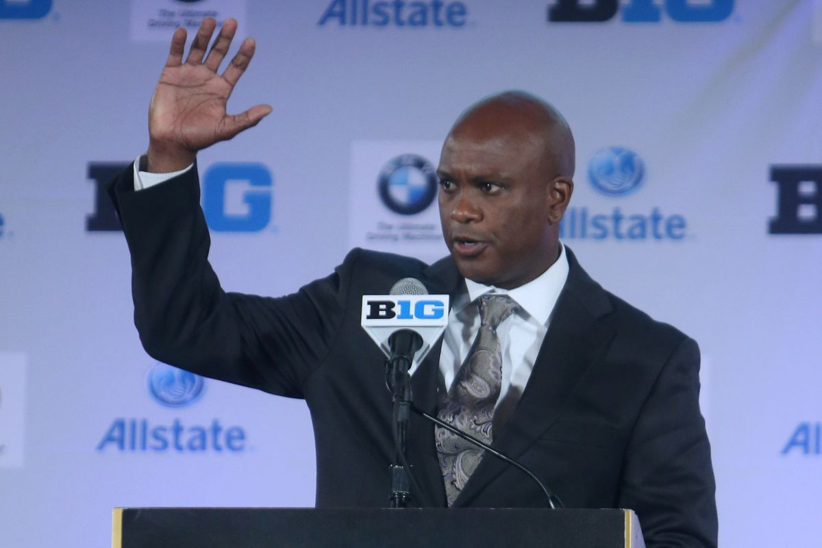 Raise your hand if you're a double-digit dog to an AAC team.