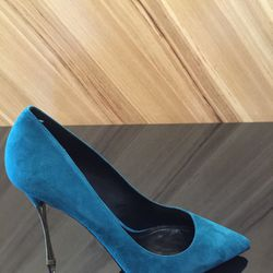 Heels, size 39.5, now $152.80 (from $191)
