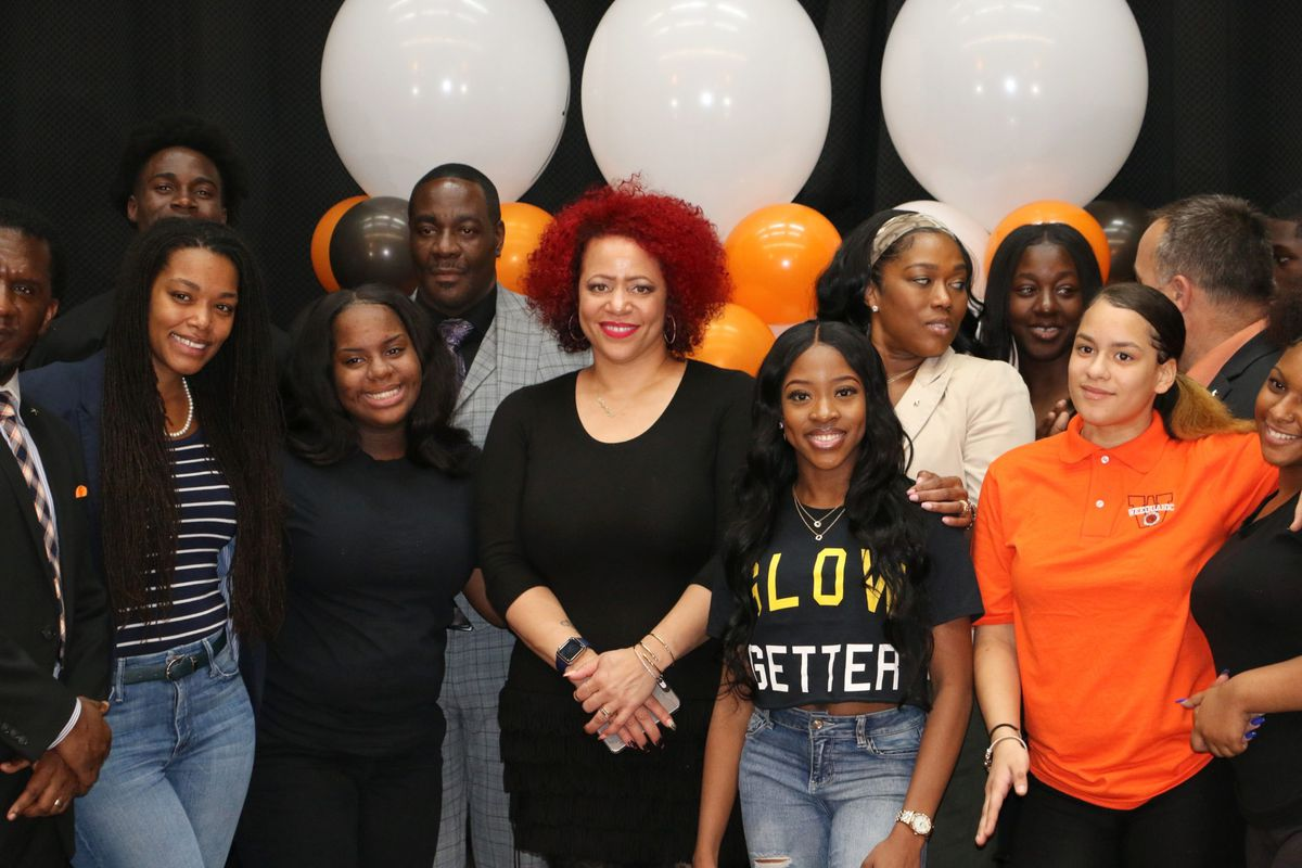 Nikole Hannah-Jones (center), the journalist who spearheaded The 1619 Project, met with Newark students, educators, school board members, and district officials.