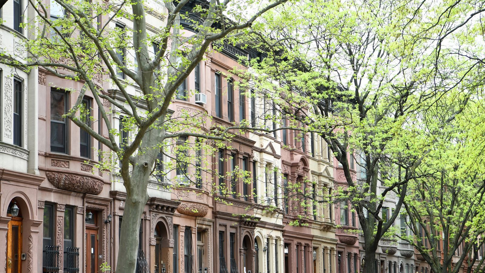 New York apartment guide: rent control vs. rent ...