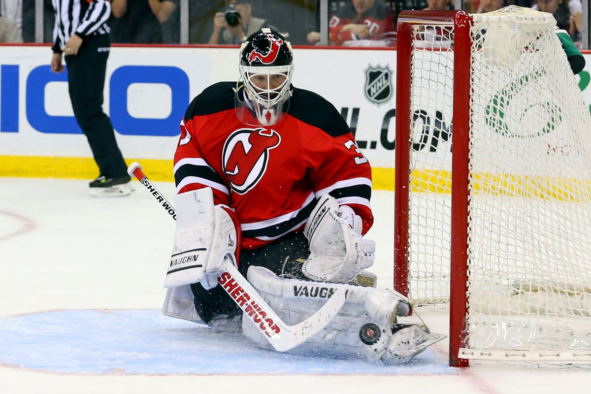 big sale 8d21e cf8da Martin Brodeur Retires with Blues, Will Return to New Jersey ...