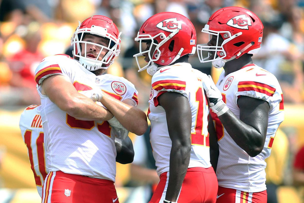 Patrick Mahomes Dazzles As Kansas City Chiefs Beat Steelers