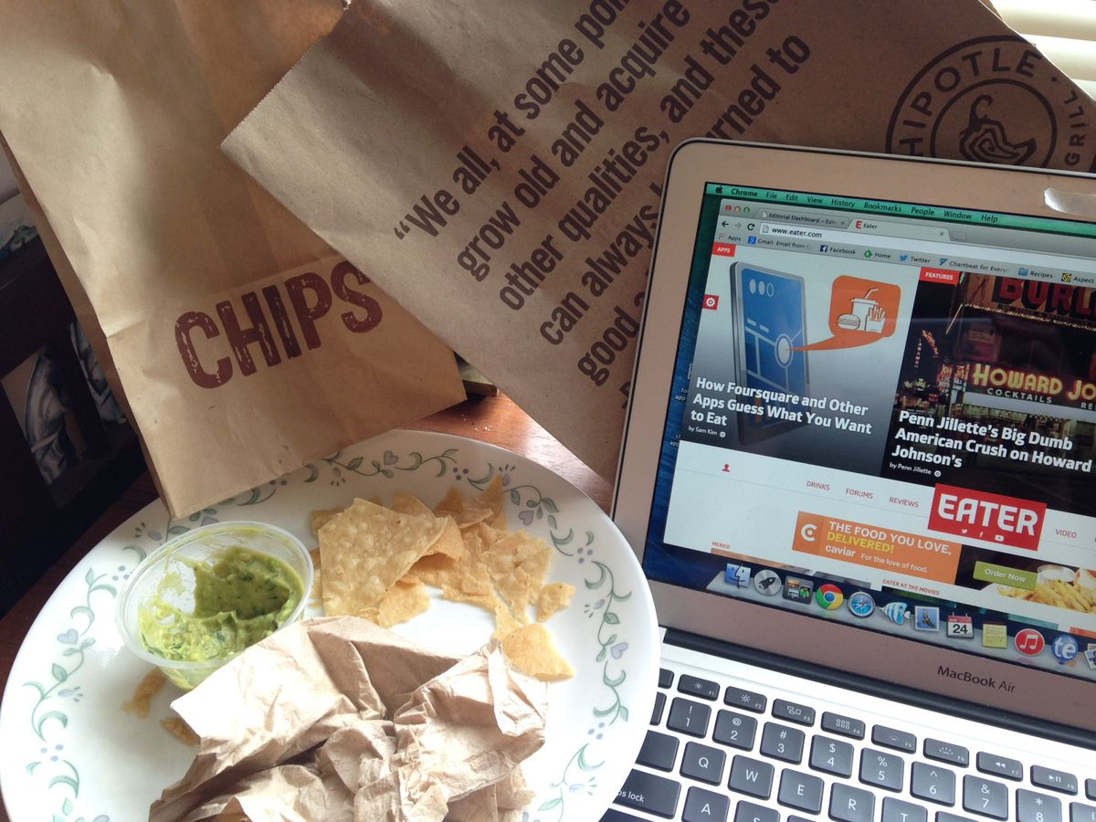 This was one hungry blogger. [Photo: Erin DeJesus]