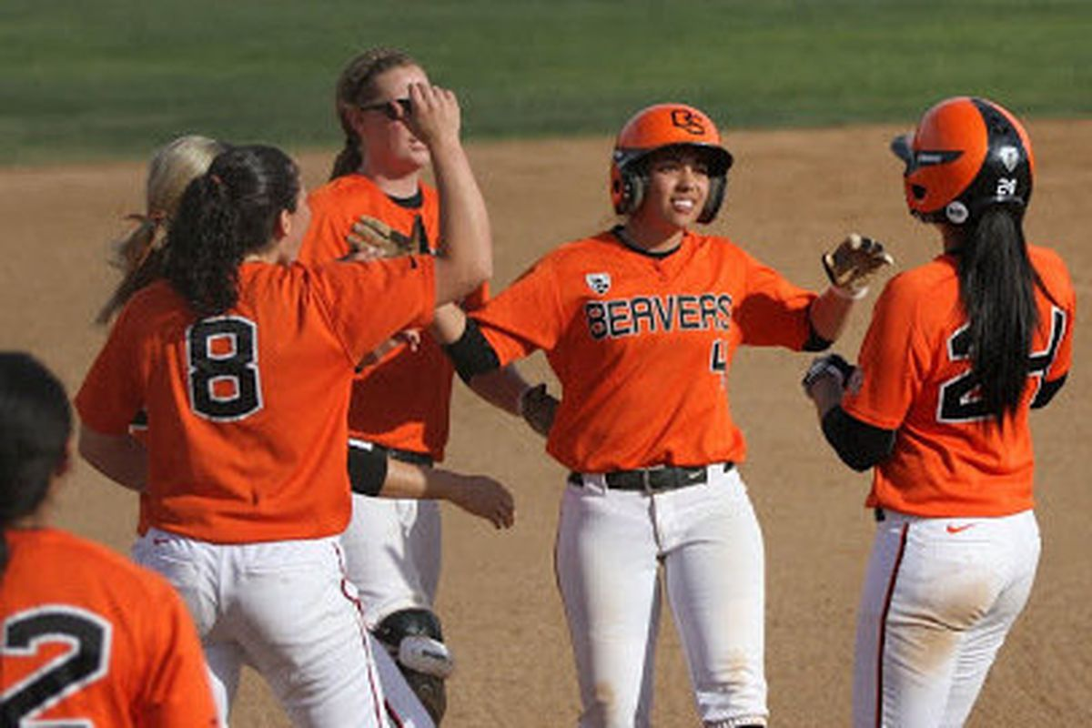 #24 OSU softball continues their excellent play in the Easton Invitational (from OSU Athletic site: http://www.osubeavers.com/sports/w-softbl/orst-w-softbl-body.html)