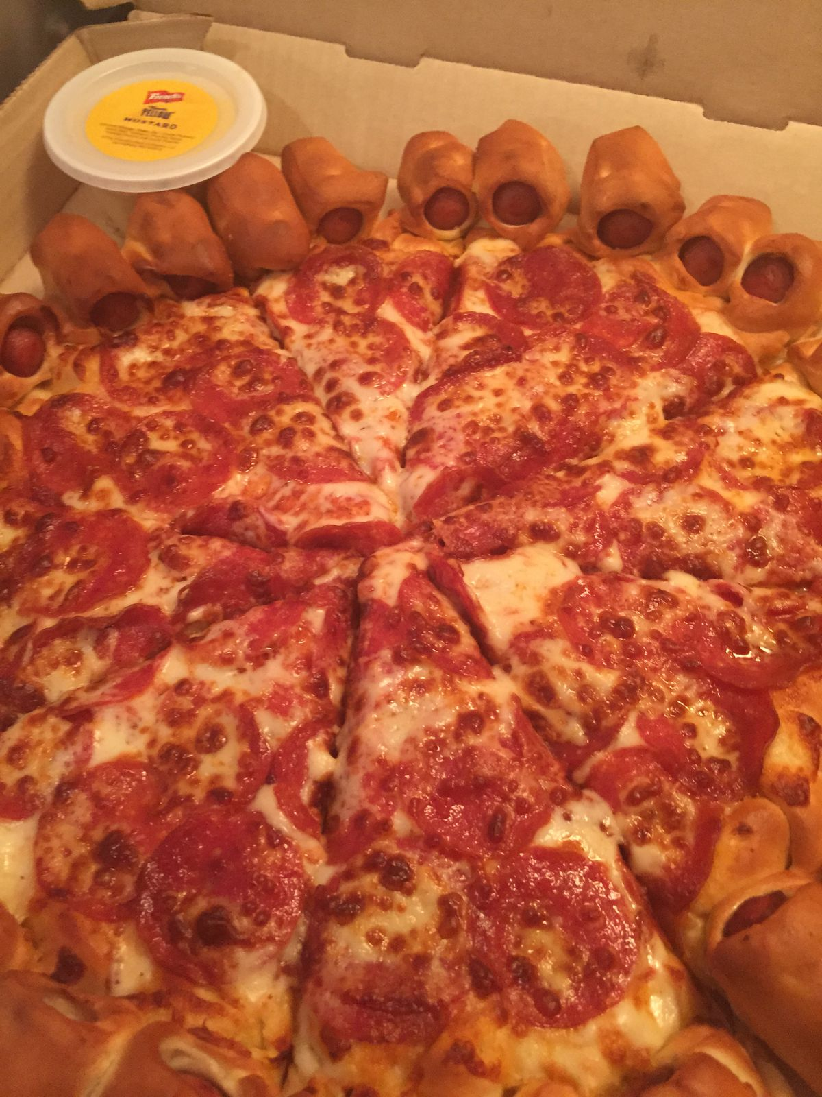 Hot Dog Bites Pizza Double Cheese