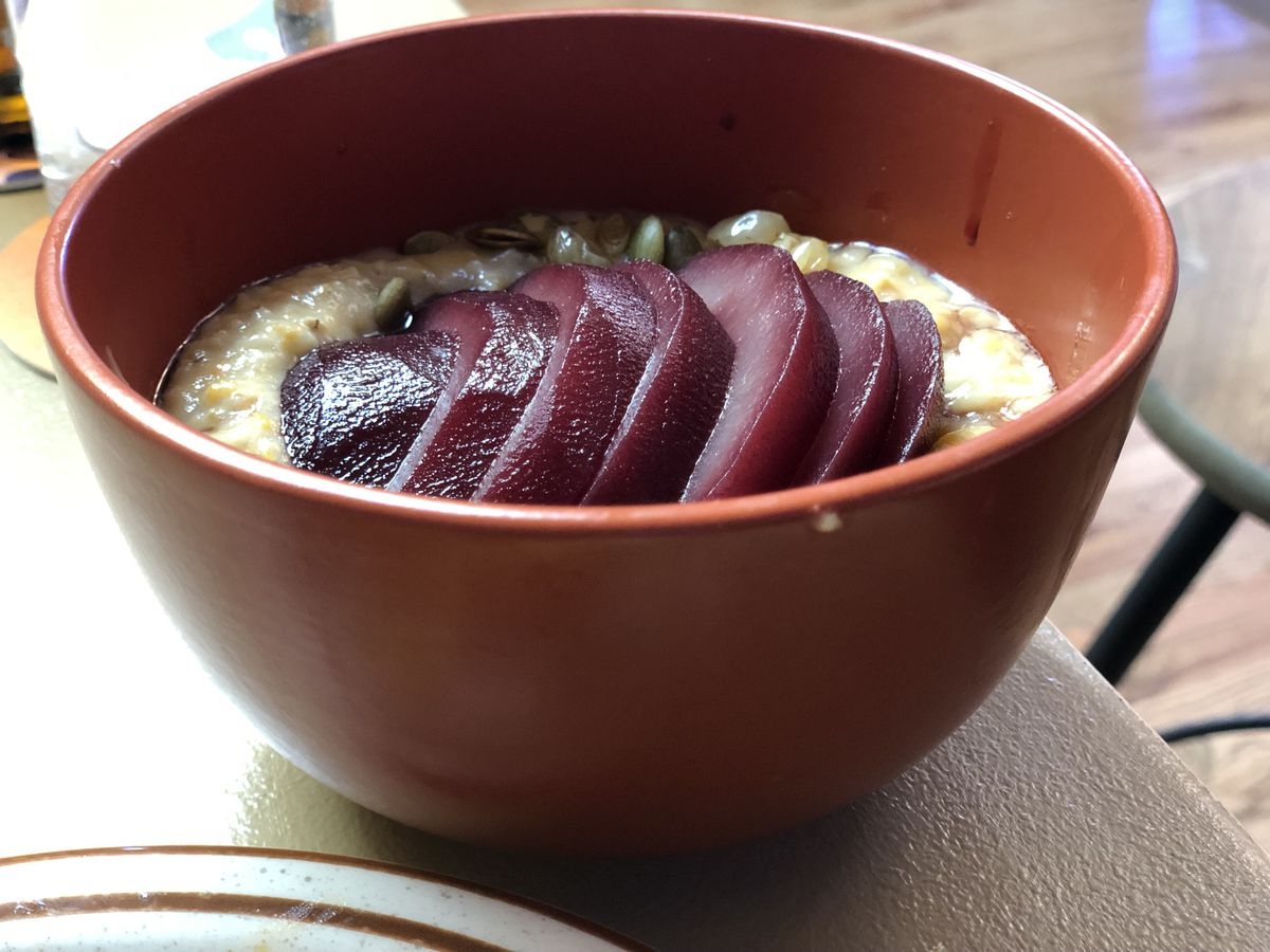 Kabocha squash oatmeal with red wine poached pears