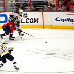 Perreault a Pest For Chara