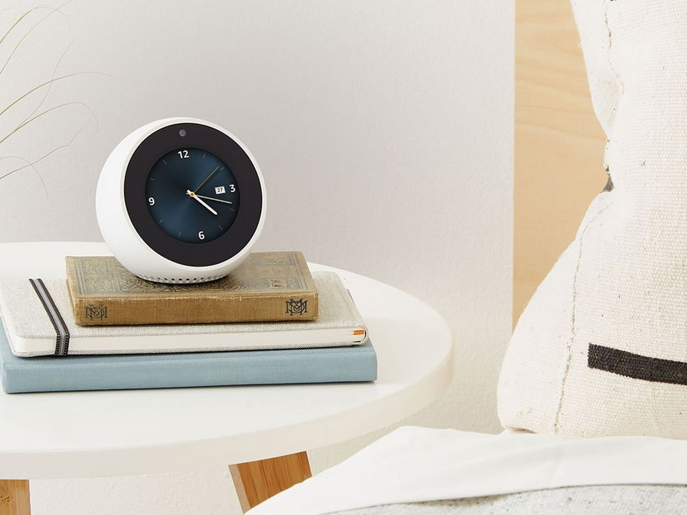 Amazons Echo Spot Is A Sneaky Way To Get Camera Into Your Bedroom 3 Switch The Verge