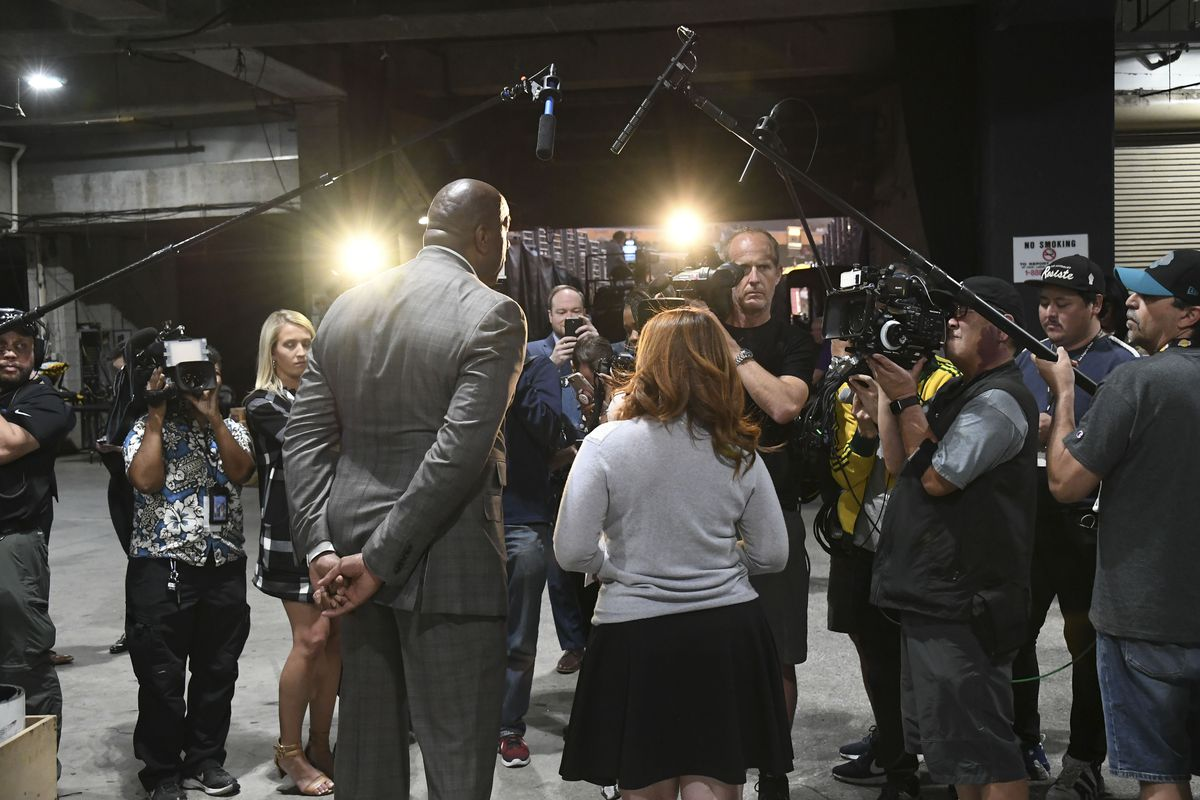 What if the mysterious, probably-not-real Lakers shadow executive is just Magic Johnson?