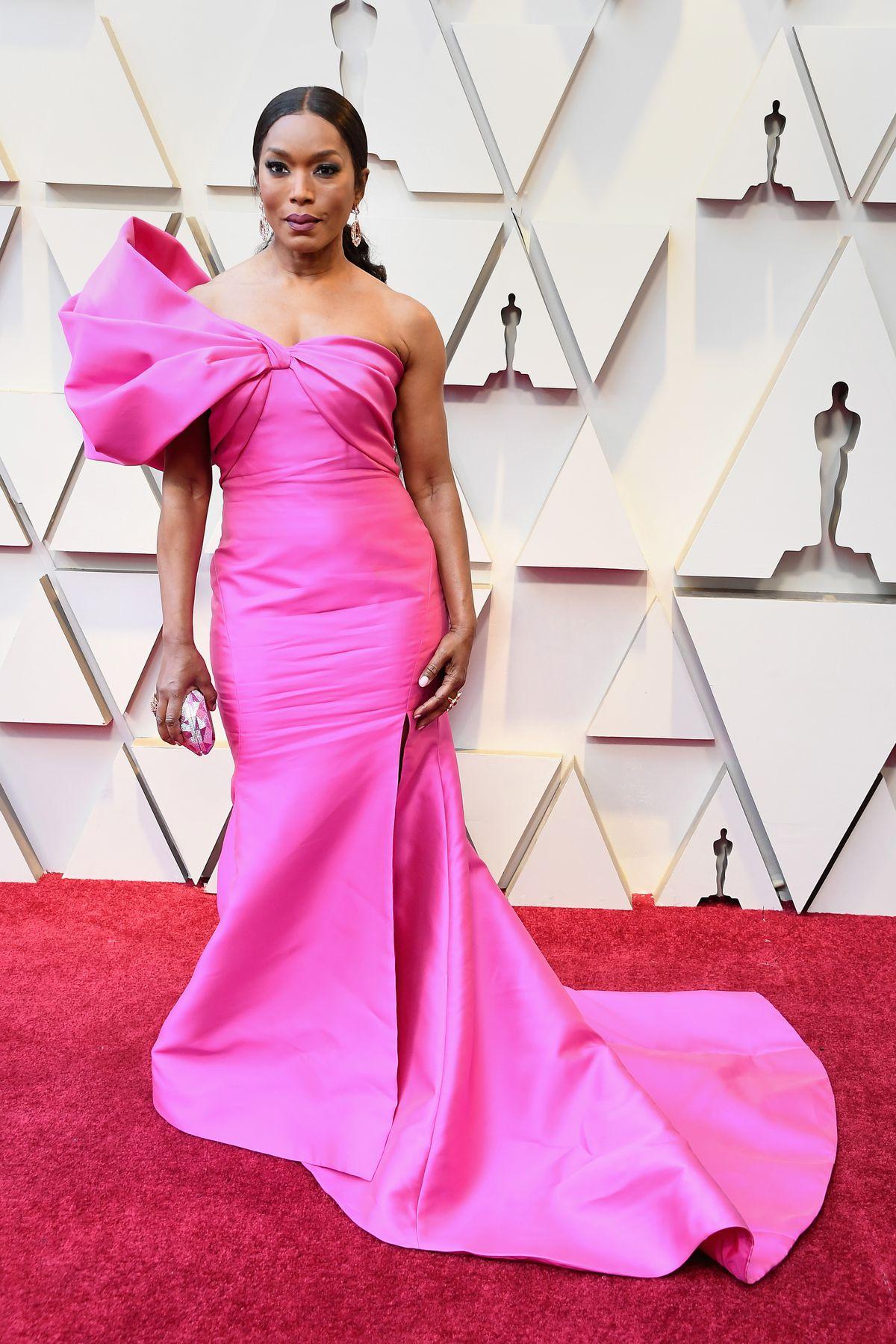 3e8b0dfe460 Oscars 2019  best-dressed celebrity fashion on the red carpet - Vox