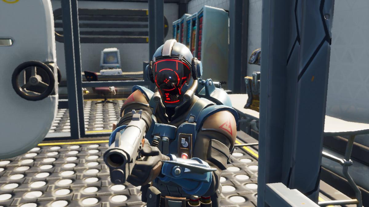 Fortnite - player with gunsight helmet