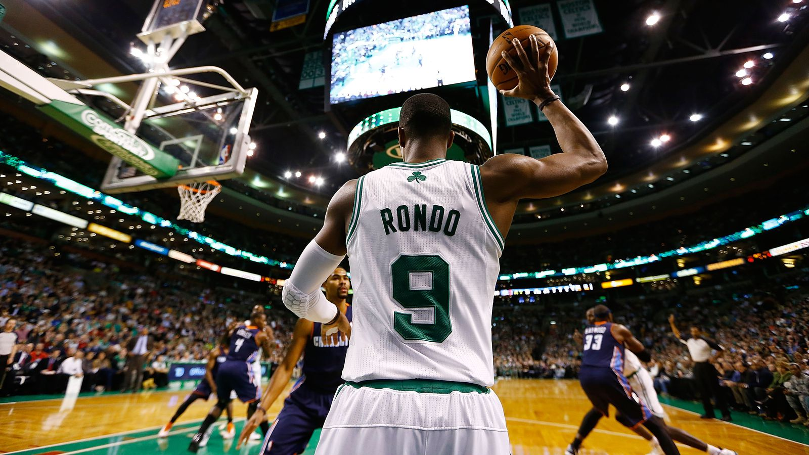 Rajon Rondo is an eccentric magician, but business comes ...