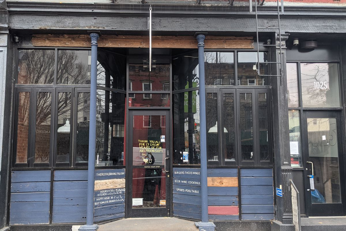 The exterior of 1025 Manhattan Avenue, the new restaurant by chef Eric Sze