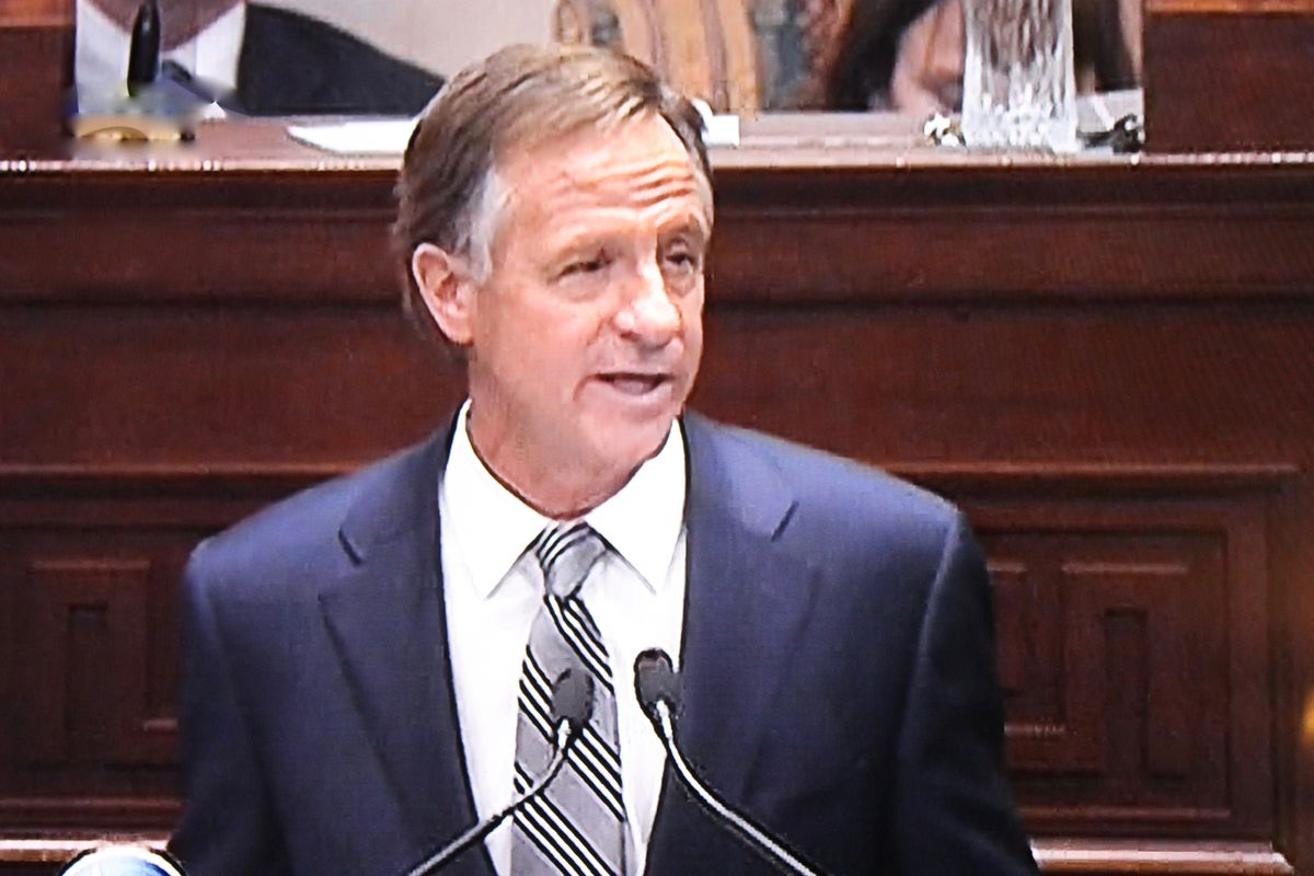 Gov. Bill Haslam delivers his 2017 State of the State address at the state Capitol in Nashville.