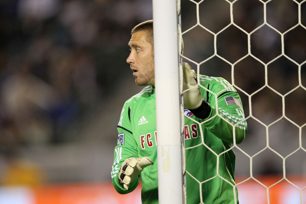 CARSON, CA - APRIL 28:  Goal keeper Chris Seitz #18 of FC Dallas sets for a free kick against the Los Angeles Galaxy at The Home Depot Center on April 28, 2012 in Carson, California.  The game ended in a 1-1 tie.  (Photo by Stephen Dunn/Getty Images)
