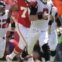 Atlanta Falcons quarterback Matt Ryan (2) runs the ball during the first half of an NFL football game against the Kansas City Chiefs, Sunday, Sept. 9, 2012, in Kansas City, Mo.