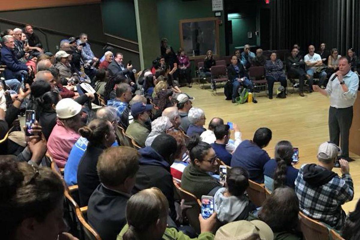 Bronx Community Board  11 meeting