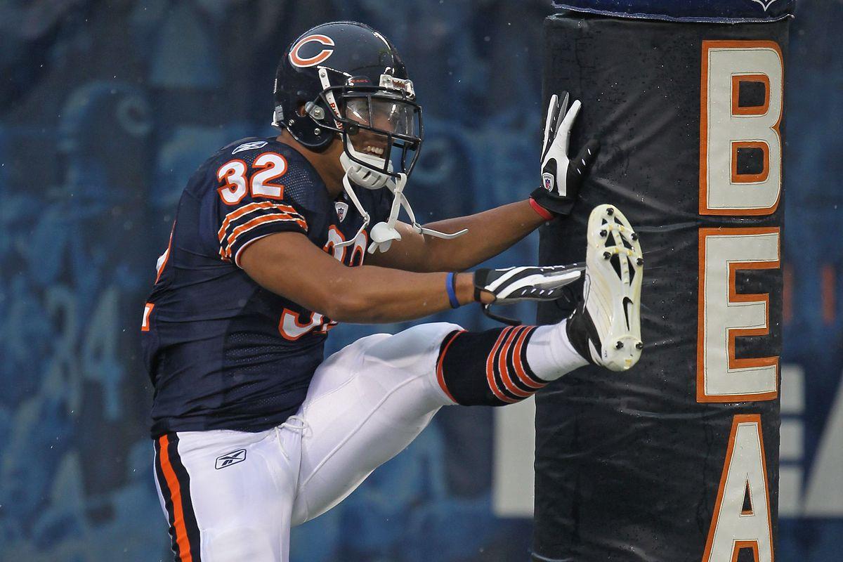 Former Chicago Bears running back Kahlil Bell a finalist ...