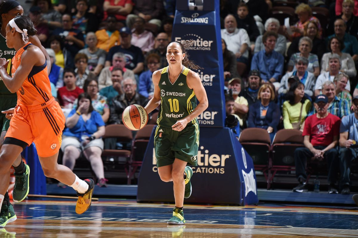 Sue Bird leads the Storm with 24 points, 8 assists.