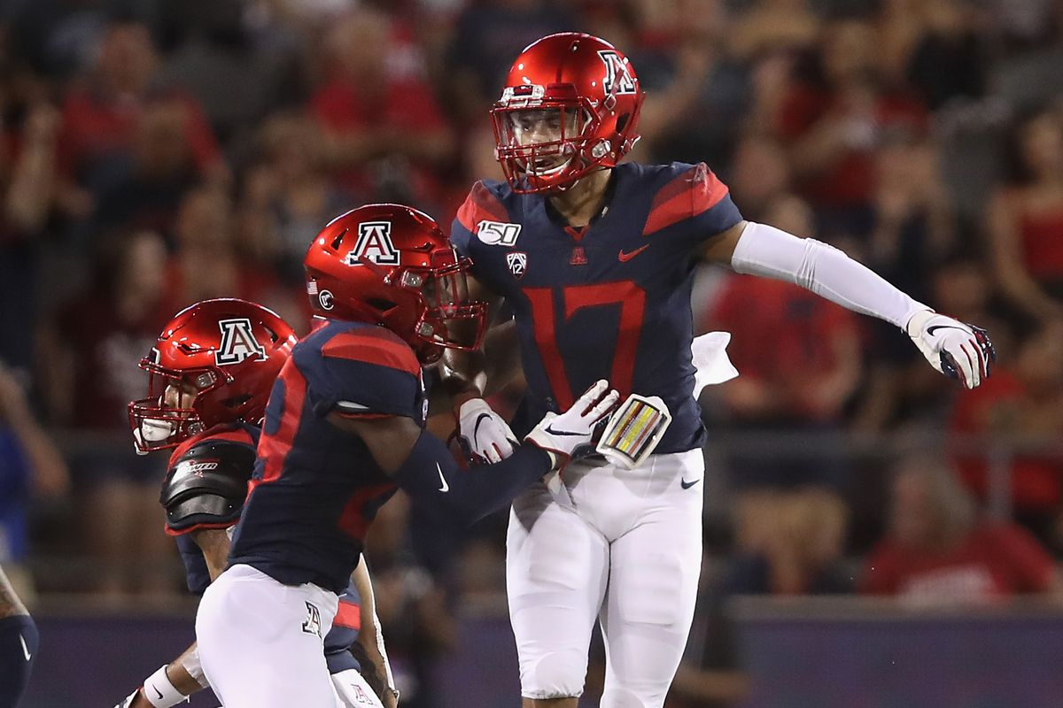 arizona-wildcats-marcel-yates-chuck-cecil-reaction-scottie-young-jace-whittaker-jarrius-wallace