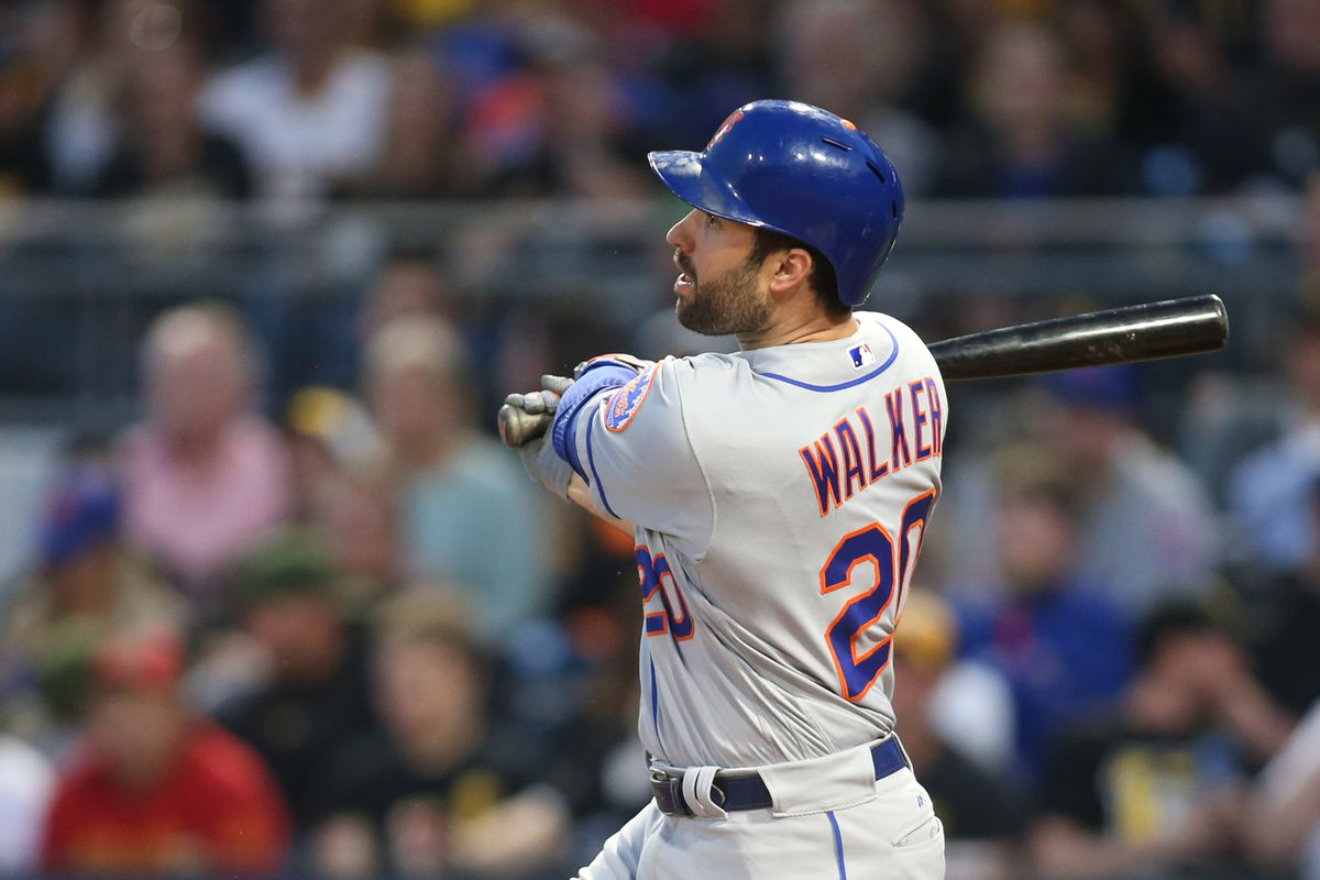Walker homers twice, deGrom pitches deep, Mets top Bucs 8-1