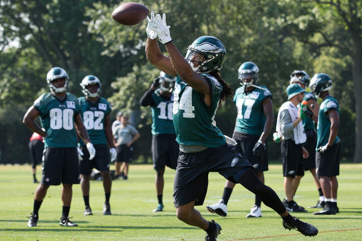 Eagles Training Camp Notes  Marcus Johnson and Wendell Smallwood ... e0dfc5d30