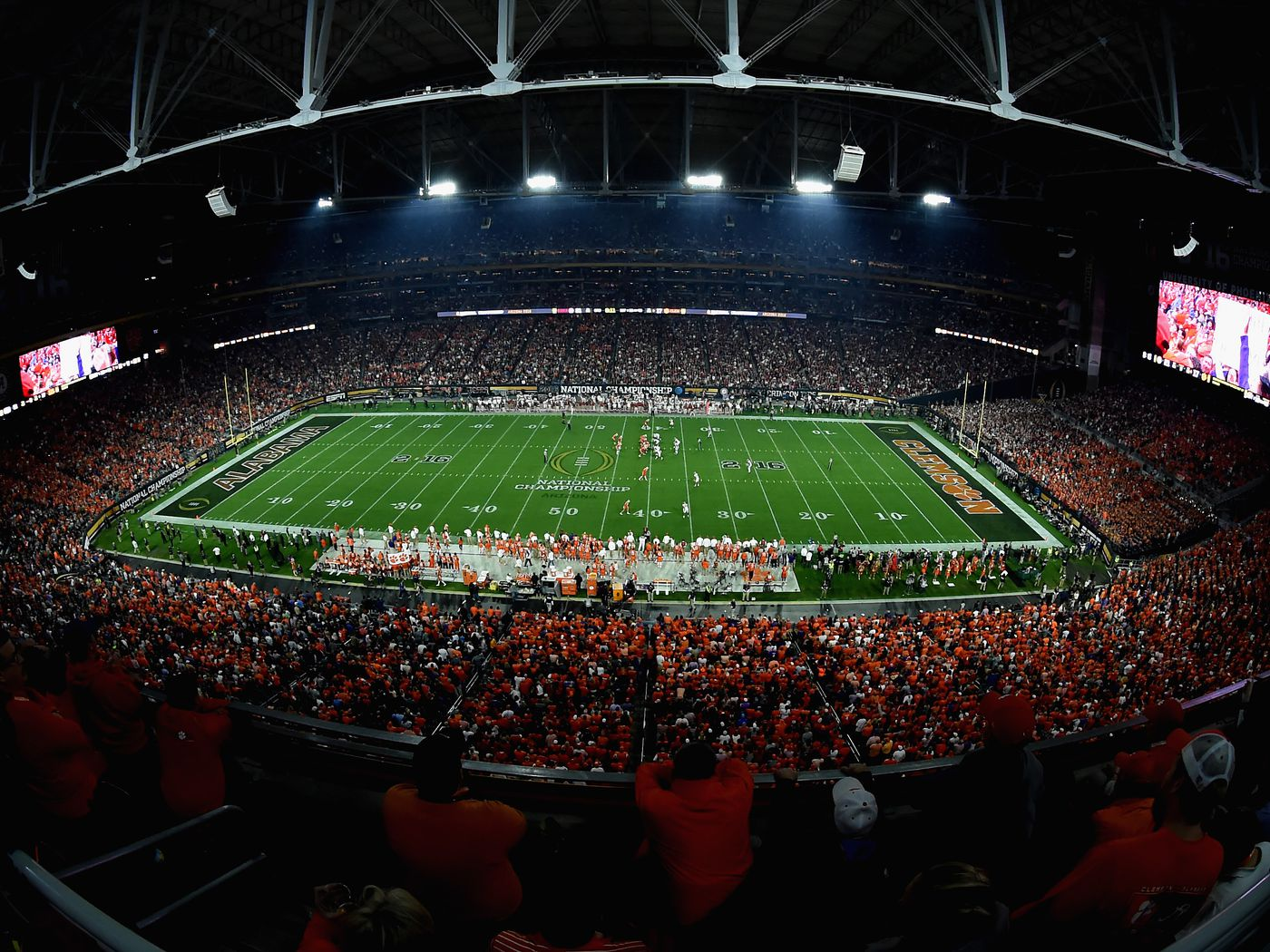 The cord-cutter's guide to (legally) watching college football