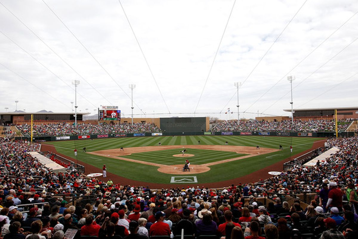 Fans gather to watch the inaugural game at the new Salt River Fields between the Colorado Rockies and the Arizona Diamondbacks at Salt River Fields in Scottsdale, Arizona..  (Photo by Jonathan Ferrey/Getty Images)