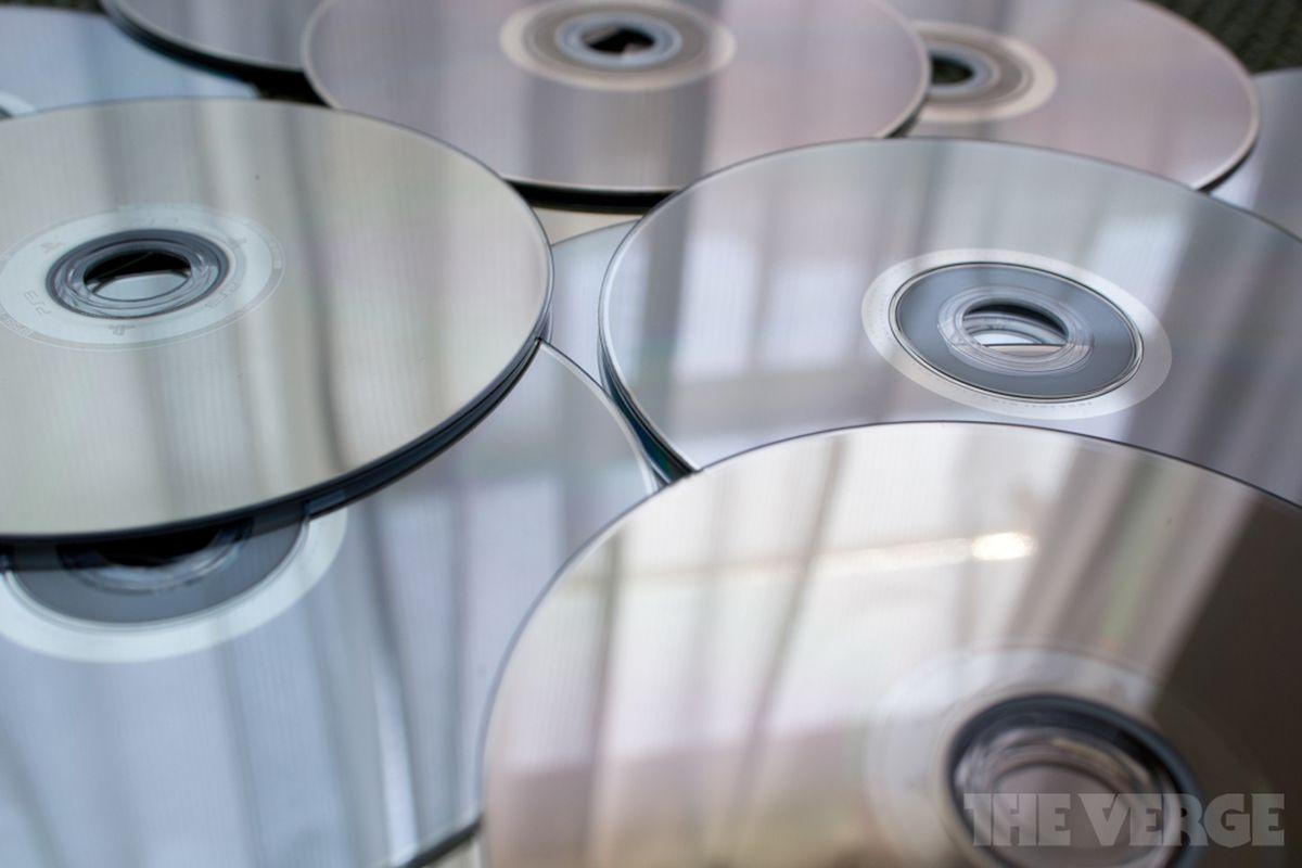 Alleged removal of eBay listing for Blu-ray digital copy