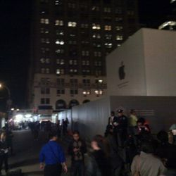 """The crowd outside the Fifth Avenue flagship. Photo by: <a href=""""http://twitter.com/#!/dougself/status/121758600036225024"""" rel=""""nofollow"""">@dougself</a>"""