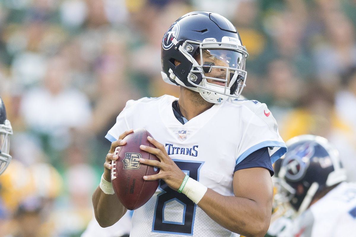 NFL: Tennessee Titans at Green Bay Packers