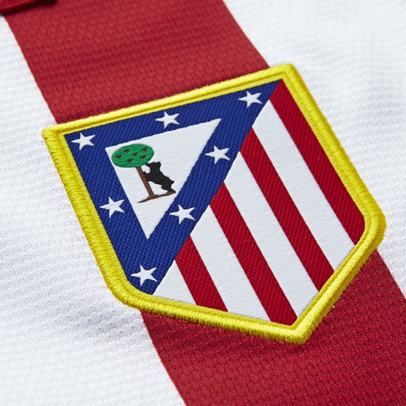 The Issue With The Atletico Badge And Where Club And Fans Are On The Issue Into The Calderon