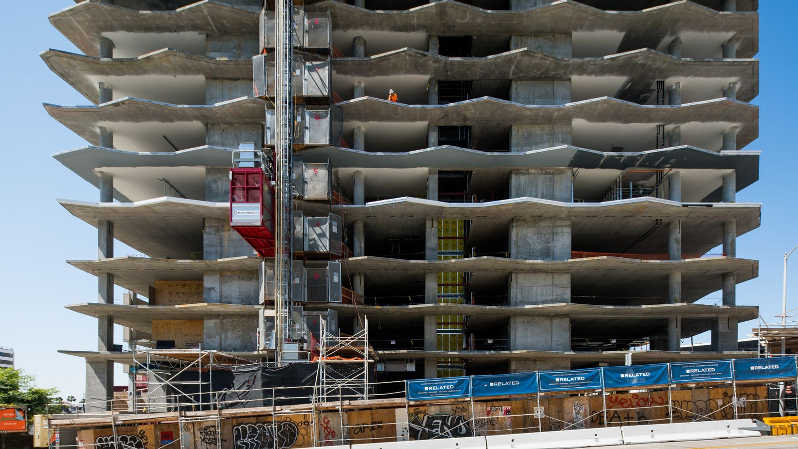 Luxury Apartments Rise Next To Capitol Records Building Curbed La