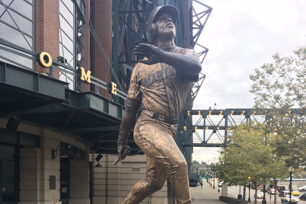Bat broken off, briefly stolen from The Kid's statue outside Safeco Field