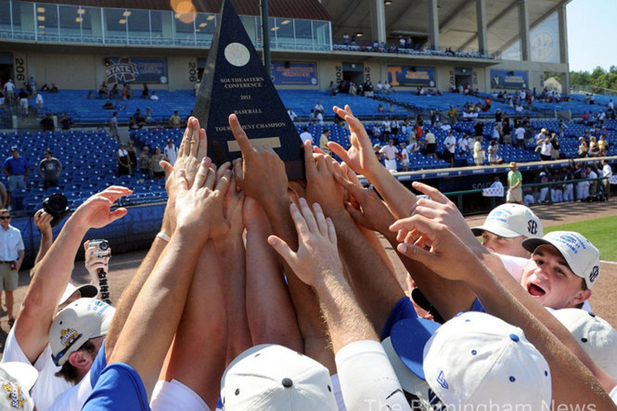 """The Gators can add SEC Tournament Champions to their resume this season...but they still finished the SECT with as many losses as Vanderbilt. /bitterness. via <a href=""""http://media.al.com/birmingham-news/photo/9644521-standard.jpg"""">media.al.com</a>"""