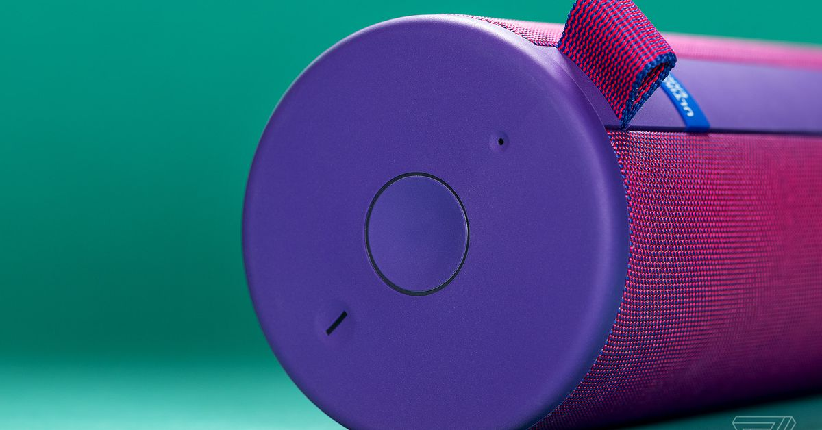 The Boom 3's Magic Button Turned a Good Speaker into the Best One