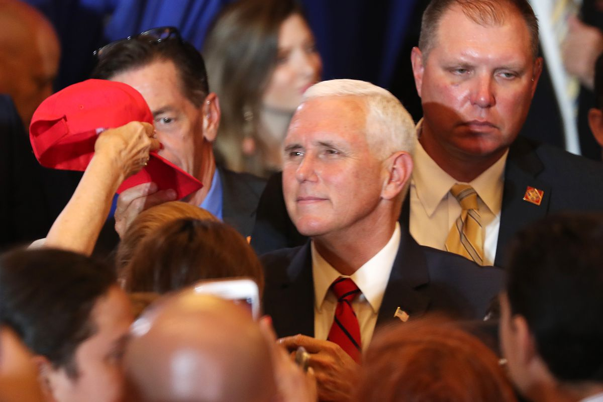 """Mike Pence Launches """"Latinos For Trump"""" Coalition In Miami"""