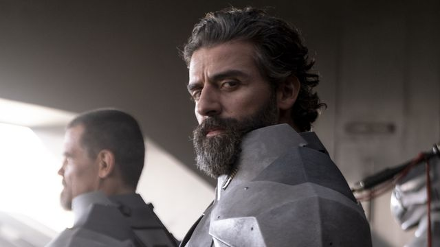 Oscar Isaac as armored Leto Areides in the Dune movie