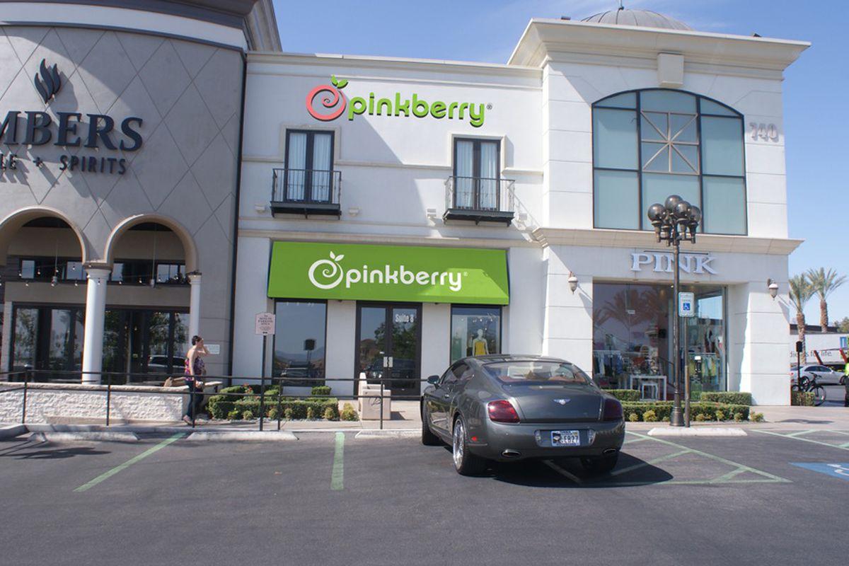 Pinkberry's future location in Boca Park
