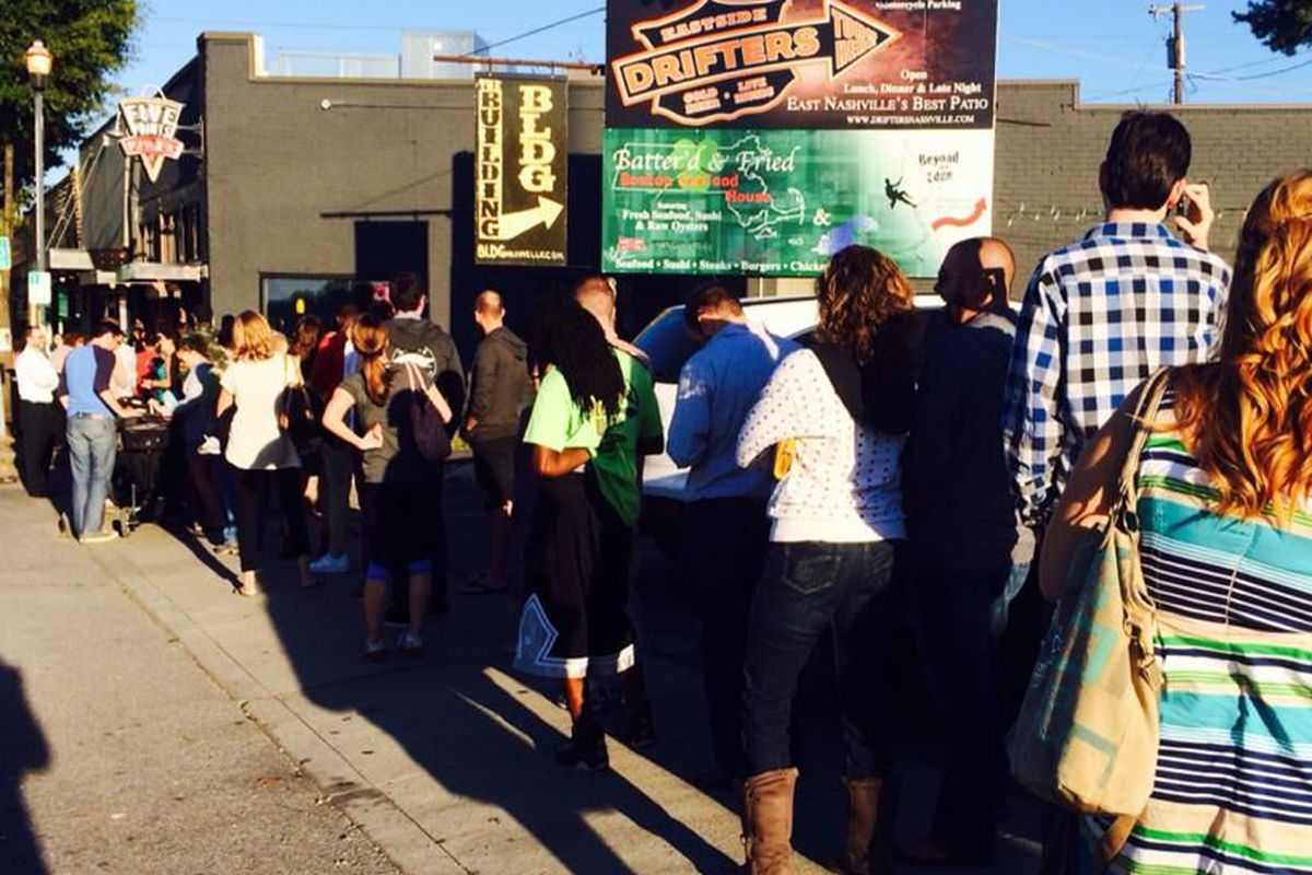 The line for last year's free slice event.