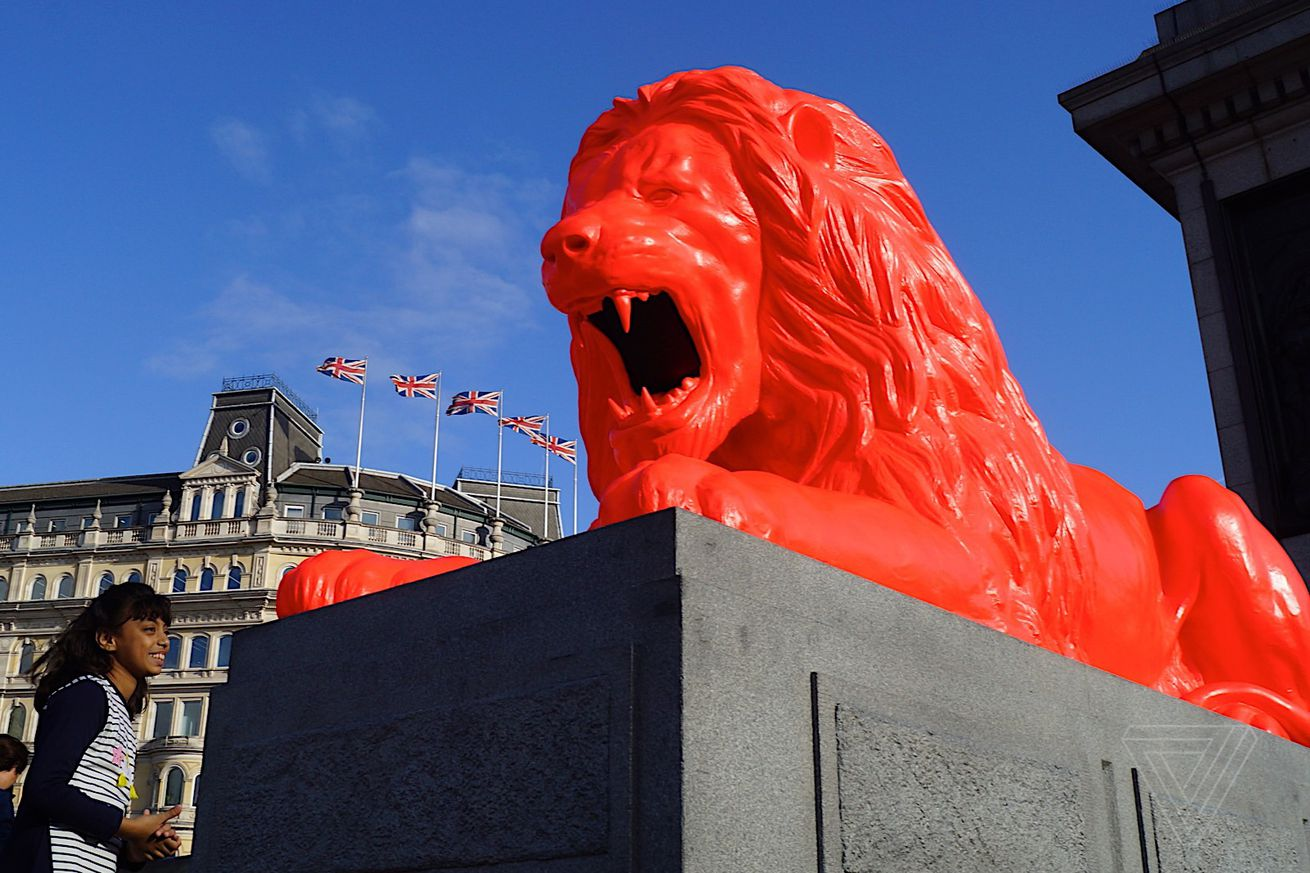 there s a lion in london s trafalgar square that eats words and roars ai generated poetry