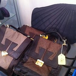 Love these Corrente bags