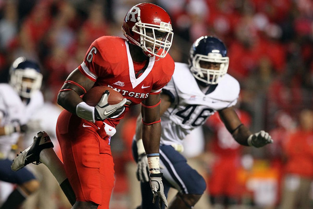 Mohamed Sanu #6 of the Rutgers Scarlet Knights (Photo by Jim McIsaac/Getty Images)