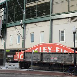 2:24 p.m. The two halves of the marquee -