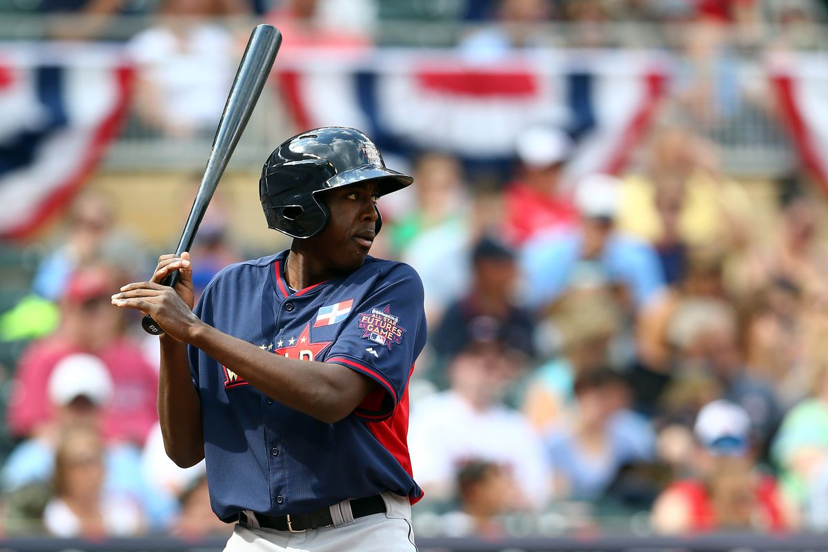Heroically ungloved Mariners prospect and Uncle Vlad Mini-Me Gabriel Guerrero digs in at last year's Futures Game
