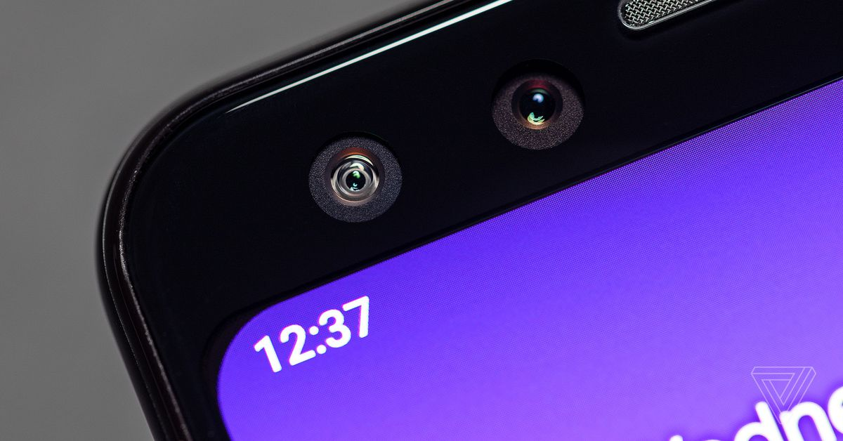 Google uses software to make the corners of Pixel 3 even