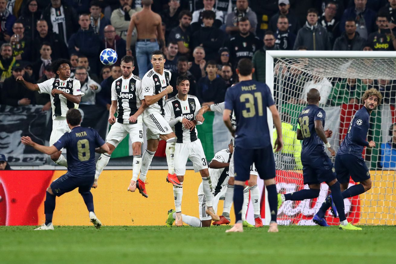 Juve squander chance to clinch Group H in Man U meltdown