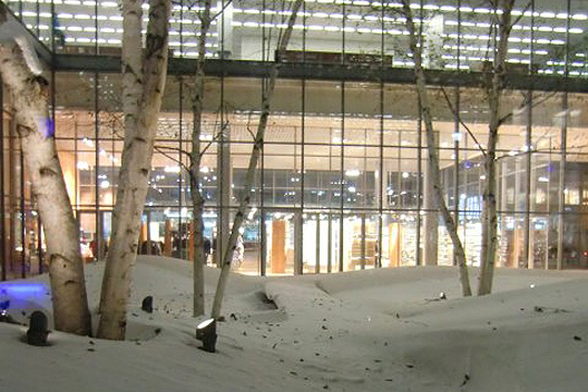 """MUJI at the NYT building in the snow, via <a href=""""http://www.twitter.com/mujiusa"""">@mujiusa</a>"""
