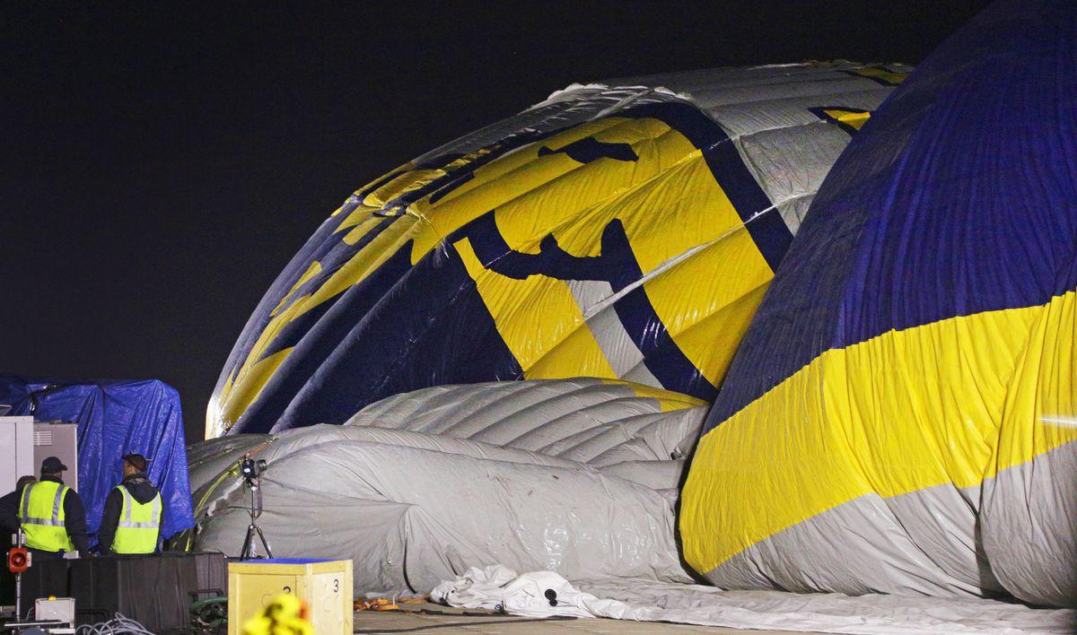 Hangar inflating